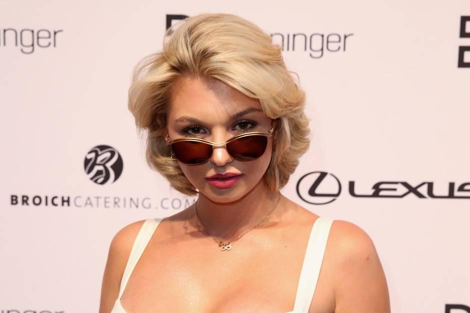 Natalia Osada Ex Adam Sucht Eva Nackedei Ist Verlobt Gala De
