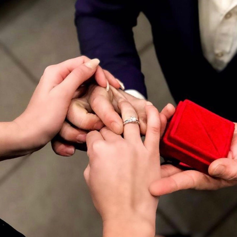 Natalia Osada ist verlobt