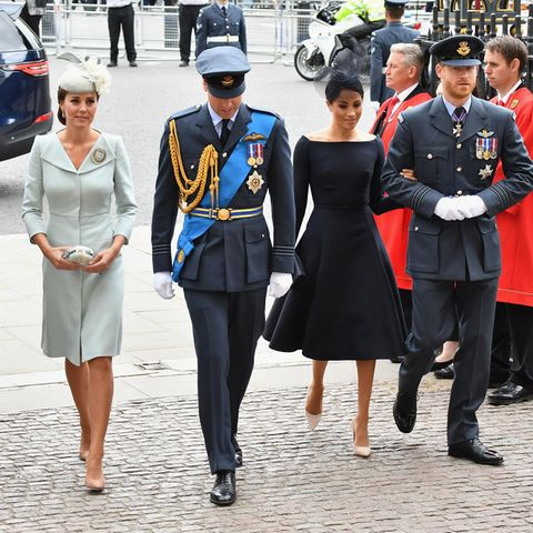 Herzogin Catherine, Prinz William, Herzogin Meghan + Prinz Harry