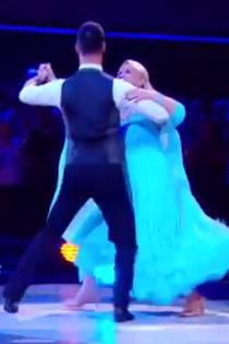 """Frankreich: """"Let's Dance""""-Juror nennt sie fett, doch sie schlägt zurück"""