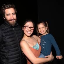 Ruthie Ann Miles mit ihrer Tochter Abigail (†4) und Schauspieler Jake Gyllenhaal bei einem Event 2017
