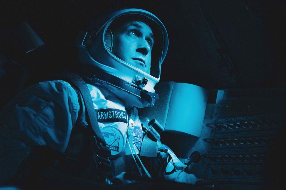 """Ryan Gosling in seiner aktuellen Rolle als Astronaut Neil Armstrong in dem Film """"Aufbruch zum Mond""""."""