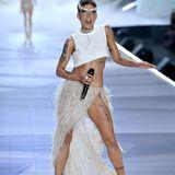 Neben Sängerin Halsey (hier im Bild) performenauch Rita Ora, Shawn Mendes,The Chainsmokers, Bebe Rexha, Kelsea Ballerini und The Struts ihre Hits bei der diesjährigen Dessous-Megashow.