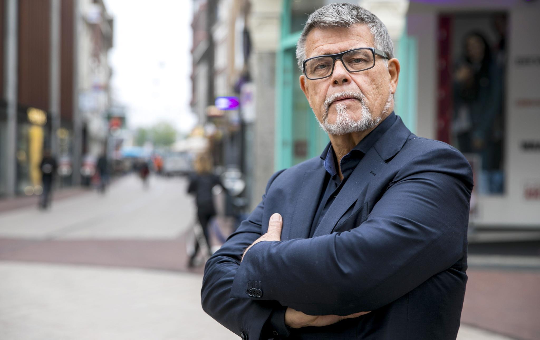 Emile Ratelband hat ein Problem mit seinem Alter