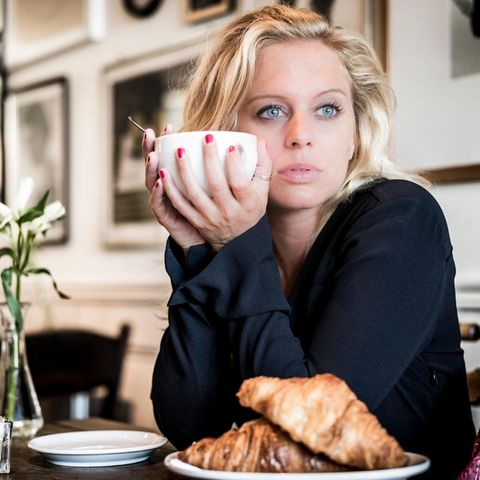 "Juliette Greco als Lena in ""Alles was zählt"""