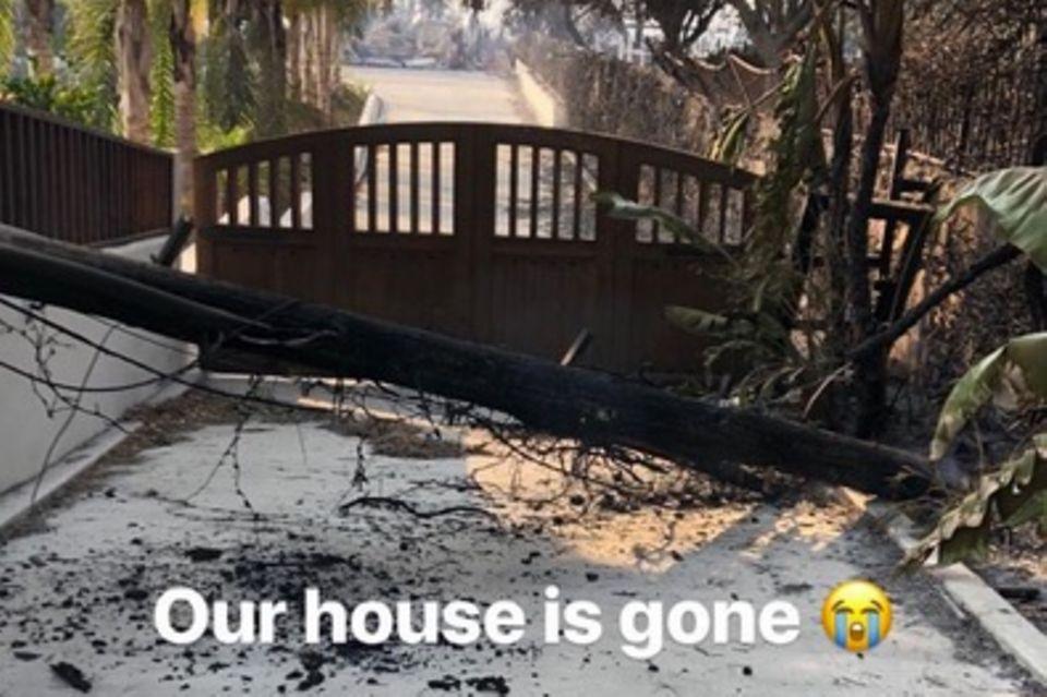 Robin Thickes Freundin April Love Geary verkündet in ihrer Instagram-Story die traurigen News.