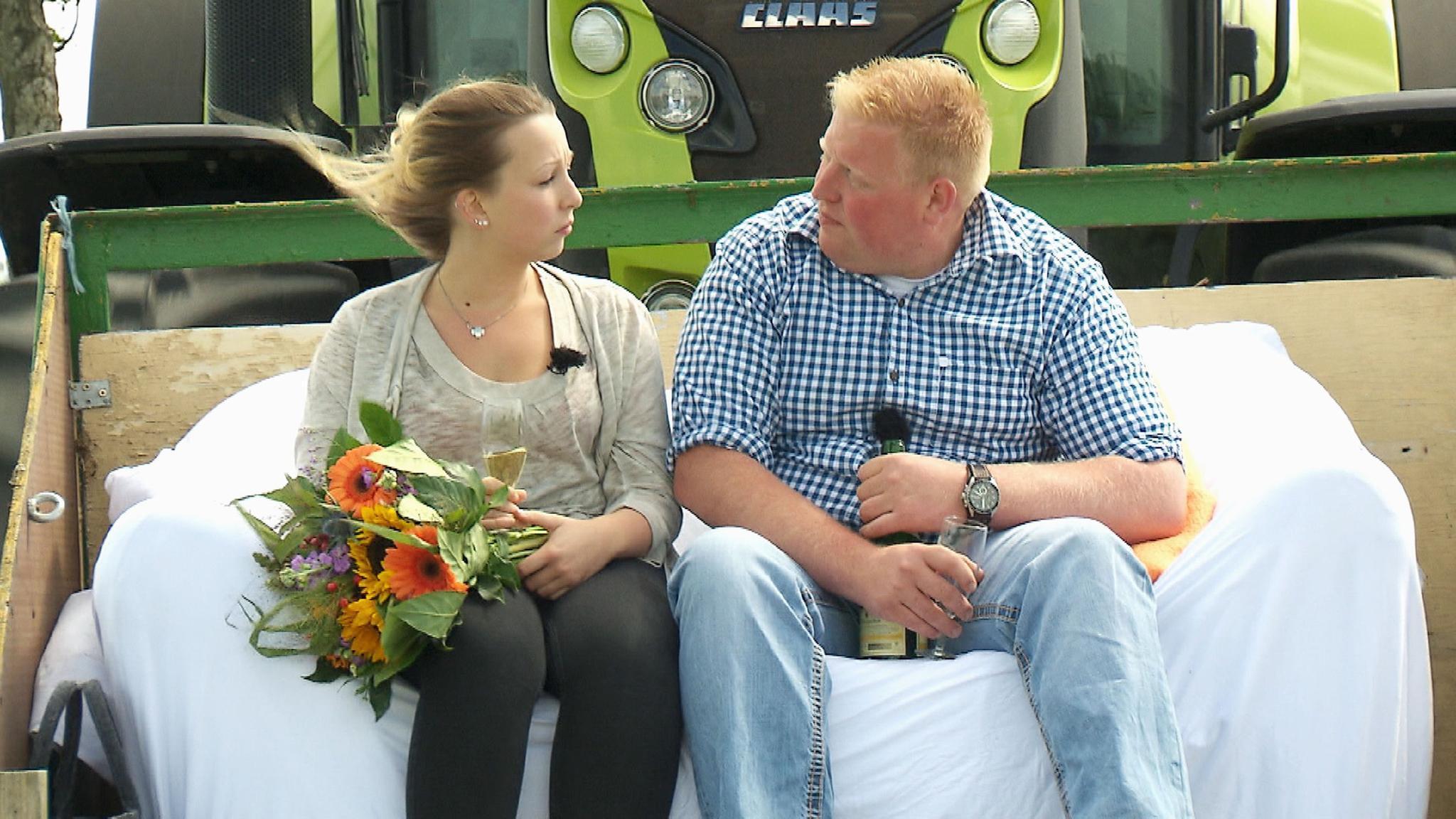 Bauer Sucht Frau Ein Schäferstündchen Im Heu Galade