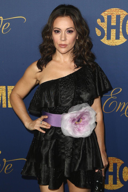 Schauspielerin Alyssa Milano bedankt sich bei ihren besorgten Fans und Followern für die Anteilnahme.