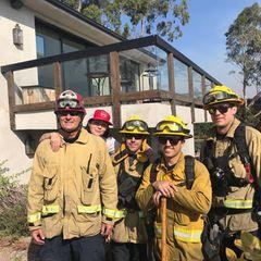 Shannen Doherty unterstützt die Feuerwehrmänner, die im Kampf gegen die Flammen ihr Leben riskieren.