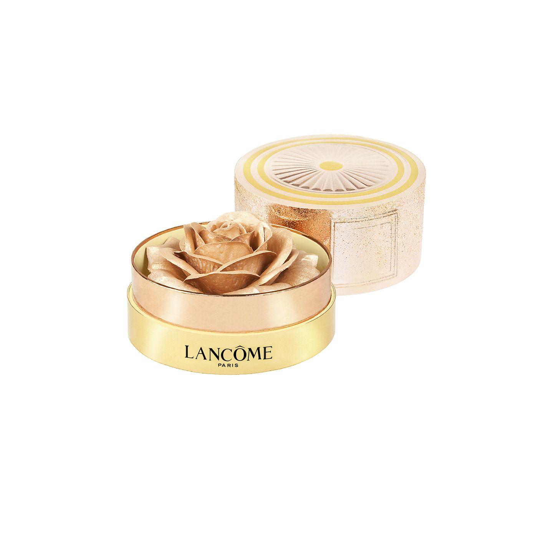 """Goldene Zeiten brechen an: Mit dem """"La Rose àPoudrer""""-Highlighter aus der Holiday-Collection von Lancôme ist für den perfekten Glow unter dem Weihnachtsbaum gesorgt. Ca. 69 Euro."""
