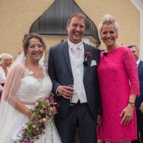 """""""Bauer such Frau"""" - Hochzeit von Benny + Nadine"""
