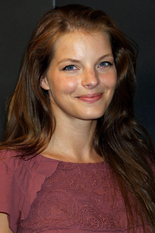 """2010  Den Kajal, den Yvonne Catterfeld zu ihren """"Für Dich""""-Zeiten trug, ist nun etwas Mascara gewichen. Mehr scheint die Sängerin nicht zu gebrauchen."""