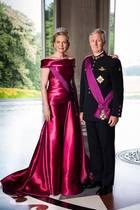 15. November 2018   Neue offizielle Bilder zum belgischen Königstag:Philippe und Mathilde von Norwegen zeigen sich in royaler Pracht.