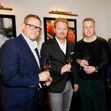 Axel Woltemate, Sales Manager Wall GmbH, (ganz links) zusammen mit Gästen der Gala Christmas Shopping Night.