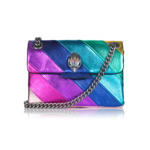 Farb-Flash: Mit dieser Variante der klassischen Kensington Bag von Kurt Geiger verleihensiegarantiert jedemOutfit eine ordentliche Portion Farbe. Ob zum Casual-Look oder Ausgeh-Outfit - das Modell ist ein echtes Kombinationstalent. Ca. 150 Euro.