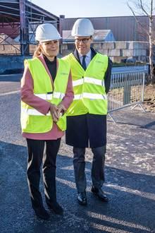 16. November 2018  Prinzessin Victoria und Prinz Daniel in voller Schutzmontur beim Besuch des Metallpulver HerstellersHöganäs.