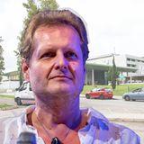 Jens Büchner stirbt am 17. November 2018 im Alter von 49 Jahren an Lungenkrebsim Krankenhaus Hospital Universitario Son Espases auf Mallorca und hinterlässtfünf leibliche Kinder sowie drei Stiefkinder.