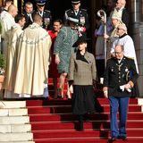 Das Fürstentum Monaco begeht am 19. November seinen Nationalfeiertag. Traditionell zeigt sich an diesem Tag die Fürsten-Familie dem Volk. Hier verlassen Monacos Royalsnach dem Gottesdienst die Kathedrale von Monte Carlo.