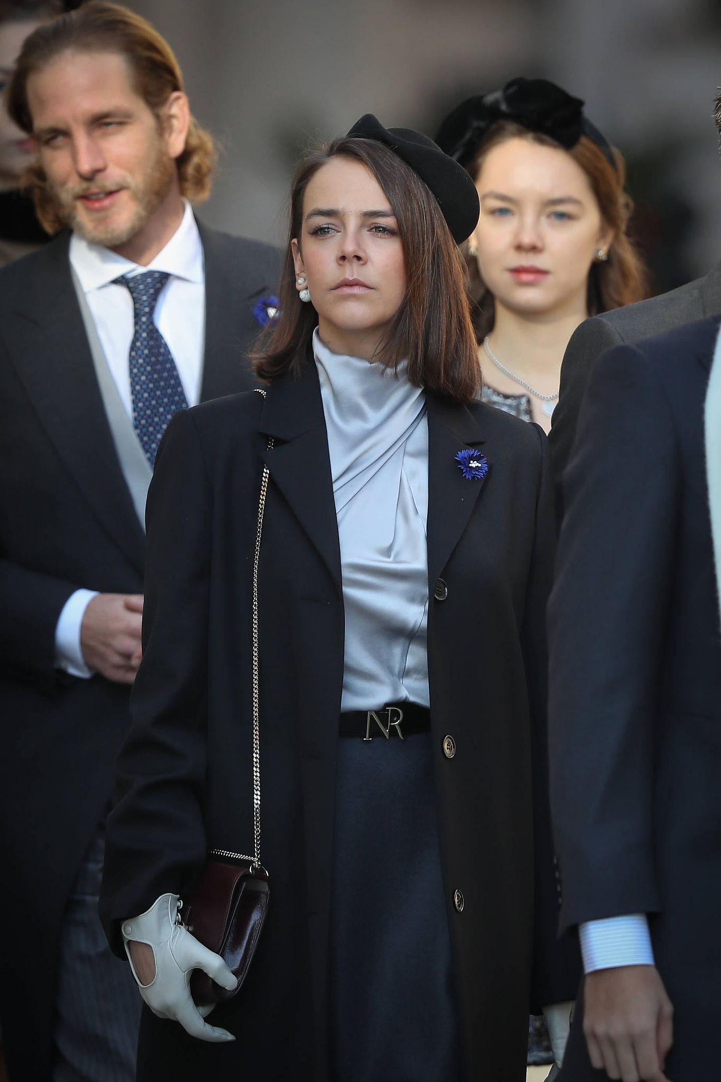 Vor dem Fürstenpalast zeigt sich Pauline Ducruet,Prinzessin Stéphanies Tochter, gewohnt stilsicher.