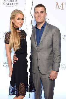 Paris Hilton + Chris Zylka