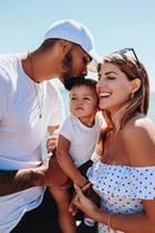 Sarah Harrison erfreut Fans mit einem weiteren Bild ihres Familienidylls.