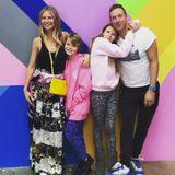 """Gwyneth Paltrow und Chris Martin  Coldplay-Sänger Chris Martin hat nach eigenen Angaben auch nach der Trennung einen guten Kontakt zu seiner langjährigen EhefrauGwyneth Paltrow.""""Wir sind Freunde und stolze Eltern"""", sagtder britische Musiker in einem Interview.""""Es gibt da eine Menge Liebe."""" Das Promi-Paar hattim März 2014 seineTrennung nach zehn Jahren Ehe bekanntgegeben. Die beiden haben zwei gemeinsame Kinder."""