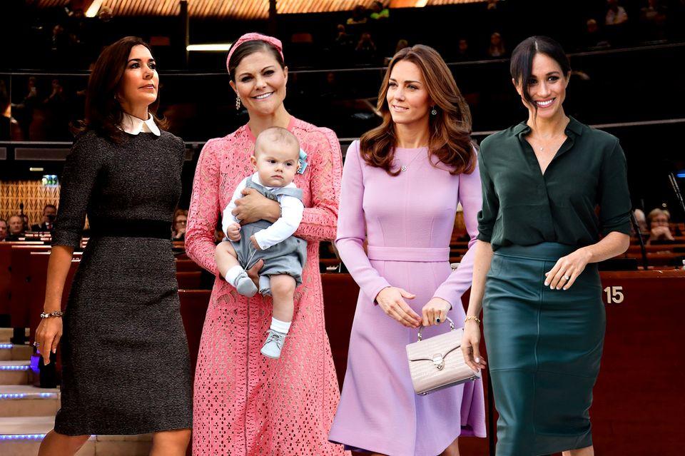 Prinzessin Mary, Prinzessin Victoria, Herzogin Catherine, Herzogin Meghan