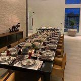 Auf einem weiteren Bild zeigt Kendall Jenner den festlich gedeckten Tisch.