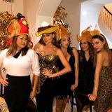 Sofia Vergara (zweite von links) feiert mit der ganzen Familie ein großes Fest.