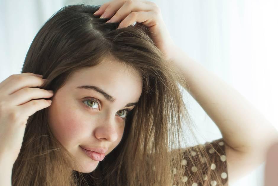 Gesunde Kopfhaut mit diesen fünf Tipps