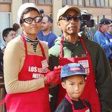 Pharrell Williams ist mit seiner ganzen Familie zur Thanksgiving-Parade nach Los Angeles gekommen.