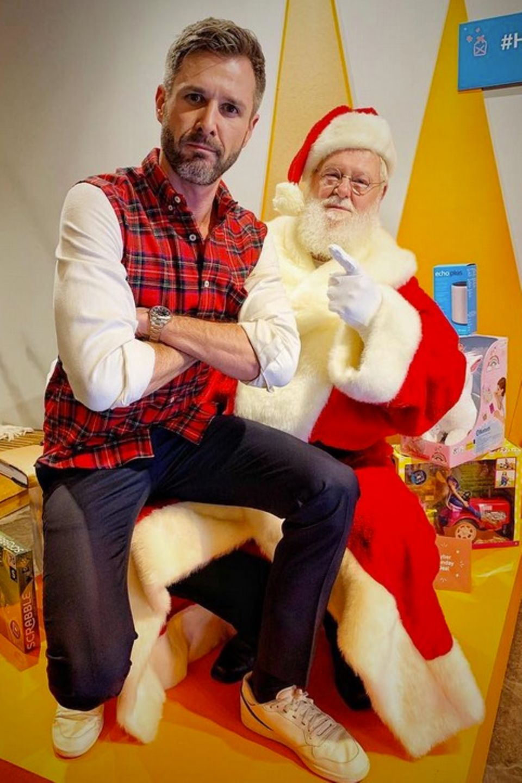 Warst du dieses Jahr artig? Santa hat mit dem ungezogenen Jochen Schropp noch ein Hühnchen zu rupfen.