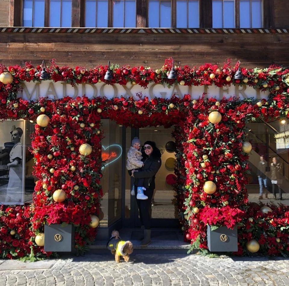 Tamara Ecclestone und Tochter Sophia freuen sich riesig über den Start der Weihnachtssaison.