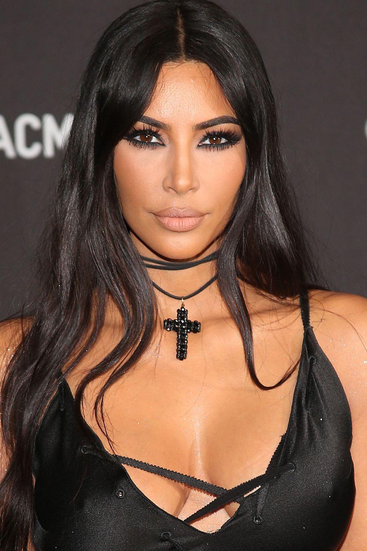 Kim Kardashian schockiert mit einem Geständnis über ihre Vergangenheit.