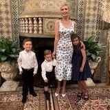 So festlich feiert die First Family Thanksgiving! Und auch, wenn Ivanka Trump im weißen Blumenkleid von Michael Kors eine tolle Figur macht, stehlen die Kids ihr doch ein bisschen die Show...