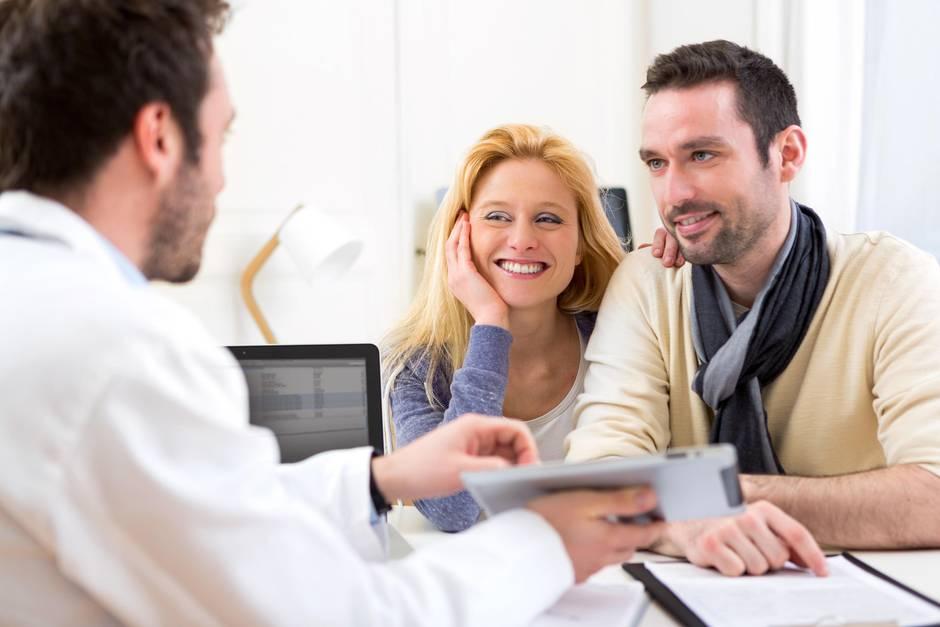 Die Vasektomie beim Mann und die Sterilisation der Frau haben Vor-und Nachteile.