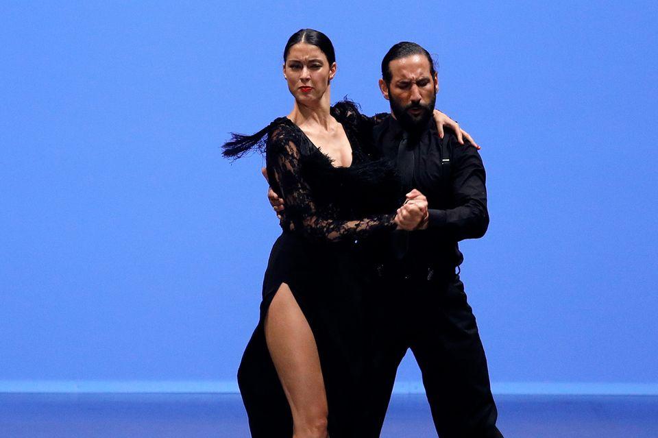 Rebecca Mir + Massimo Sinató
