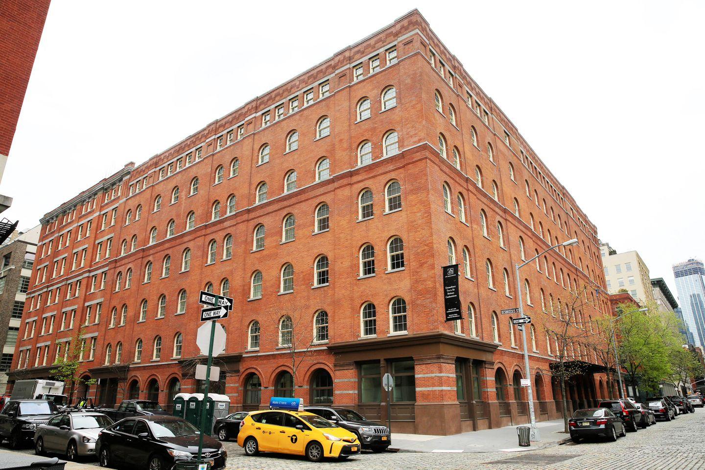 Objekt der Begierde: Das Apartmenthaus wurde 1882 erbaut und vor einer Weile luxussaniert. Zum Hudson River geht man nur fünf Minuten