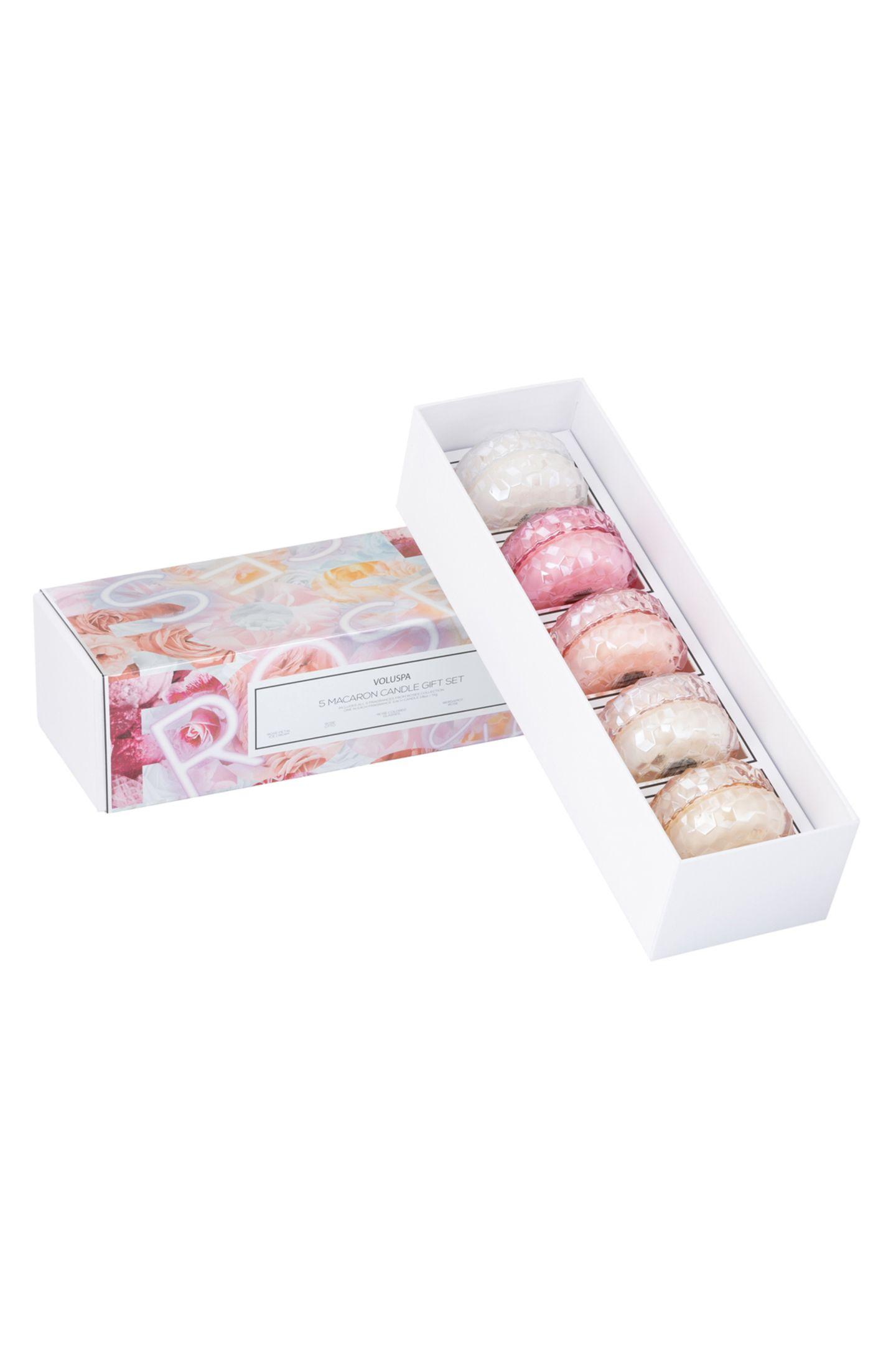 Ihre Mutter liebt Macarons? Dann ist dieses Duftkerzen-Set, bestehend aus fünf handgegossenen Duftkerzen, genau das Richtige. Über WestwingNow, ca. 144 Euro.