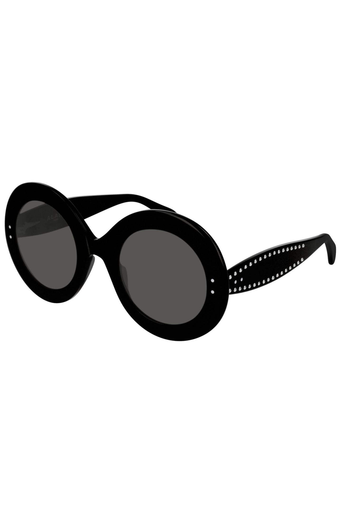 Haben Sie einen Sommerurlaub oder einen sonnigen Städtetrip mit ihrer Mutter geplant? Dann wäre diese stylische Sonnenbrille doch das perfekte, ergänzende Geschenk. Von Alaïa, ca. 450 Euro.