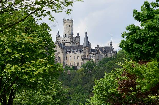 Das Welfenschloss Marienburg von Prinz Ernst August jr. wird verkauft.