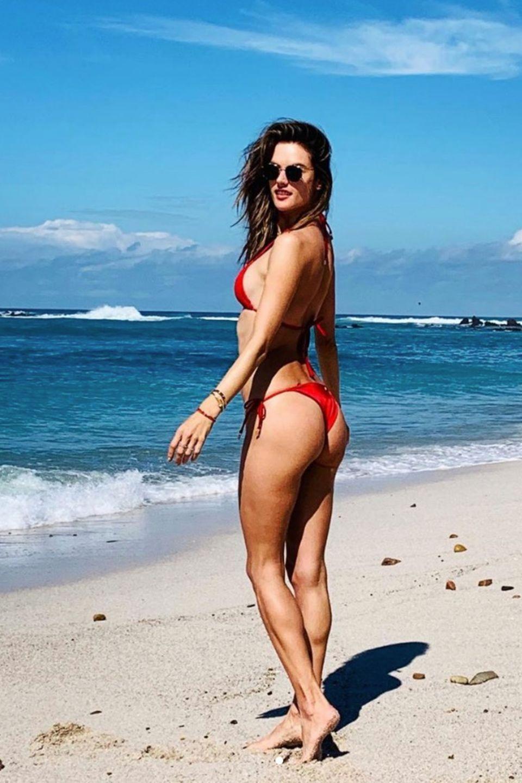 Was für ein Anblick! Topmodel Alessandra Ambrosio schickt ihren Followern auf Instagram ein paar sexy Urlaubsgrüße aus Mexiko. Die hübsche Brünette sieht nicht nur von hinten beneidenswert gut aus ...