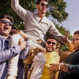Hoch lebe der Bräutigam: Nick Jonas lässt sich feiern.