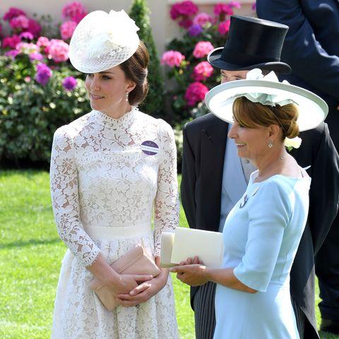 Herzogin Catherine + Carole Middleton