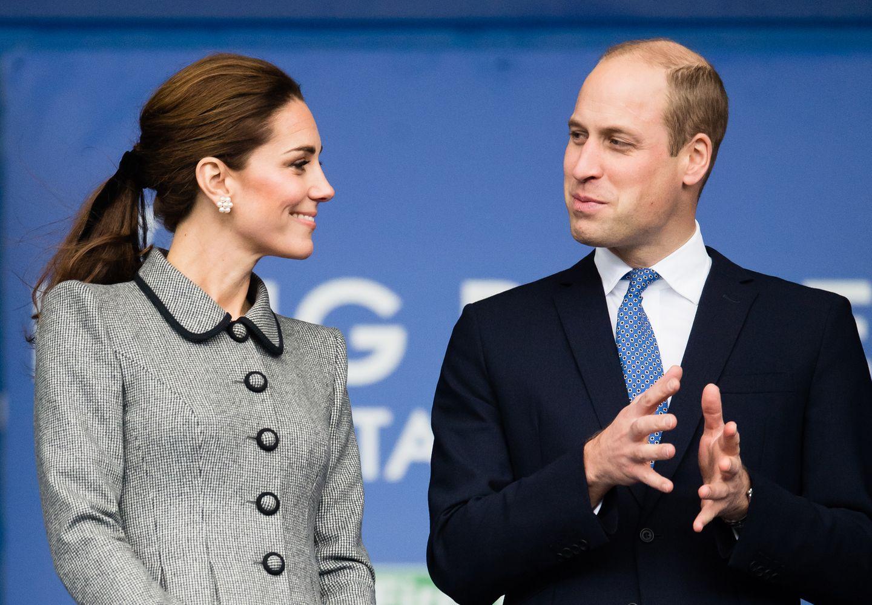 28. November 2018  Verliebte Blicke zwischen Herzogin Catherine und Prinz William bei einer Gedankfeier in Leicaster.