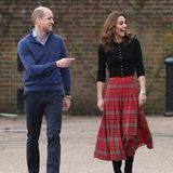 Dabei sind Catherine und William richtig in Feierlaune, denn bereits bei der Ankunft des Paares gibt es viel zu lachen.