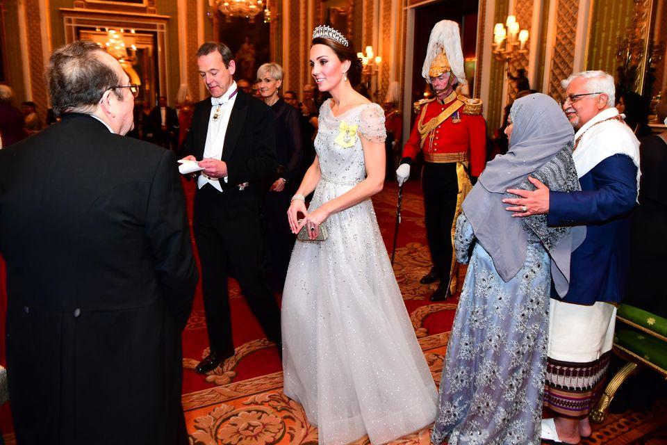 Wunderschön: Herzogin Catherine in einem Traum aus Tüll und Kristallen