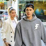 """3. Dezember 2018  Nach dem Shooting für die """" Vanity Fair"""" schlüpfenJustin Bieber und Hailey Baldwin in bequeme Kleidung und kehren in ihr liebstes Poke-Bowl Restaurant in Beverly Hills ein."""