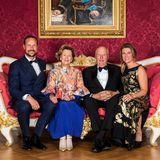 August 2018  Anlässlich der Goldenen Hochzeit von Königin Sonja und König Harald von Norwegen haben sich alle so richtig in Schale geworfen.