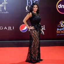 Rania Youssef hat Ärger - Schuld daran ist dieses schwarze Abendkleid